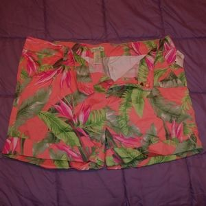 Size 16 Caribbean Shorts. Perfect for Spring.